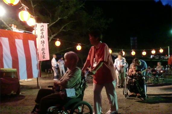 盆踊り( 夏祭り)